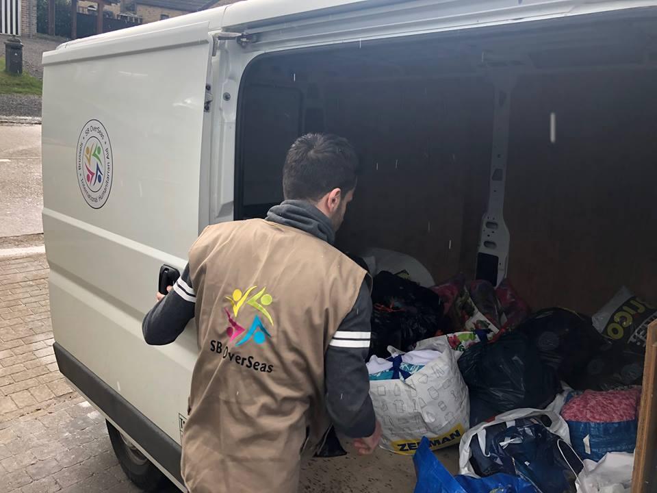 Aidez-nous envoyer 25 tonnes des dons de vêtements au Liban